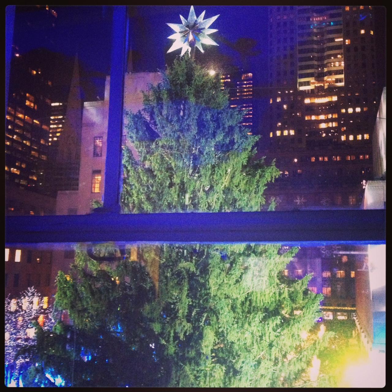 Rockefeller Center Christmas Tree 2013: Rockefeller Center Christmas Tree 2013 Lights Up